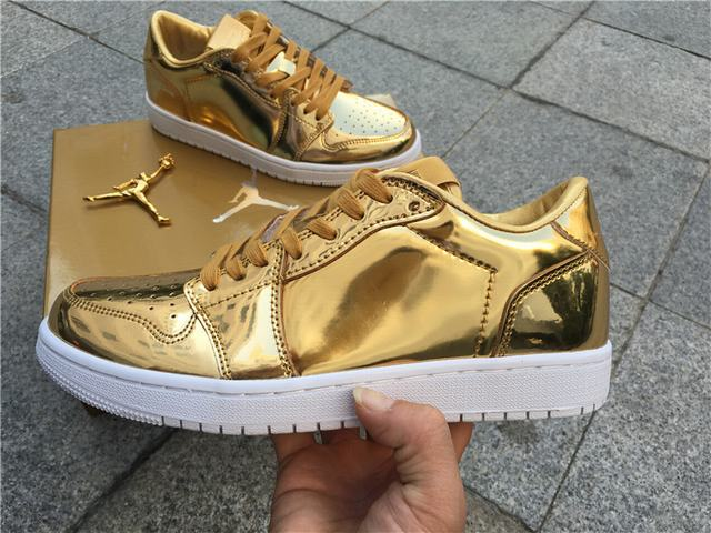 Authenti Air Jordan 1 Low Pinnacle Metallic Gold