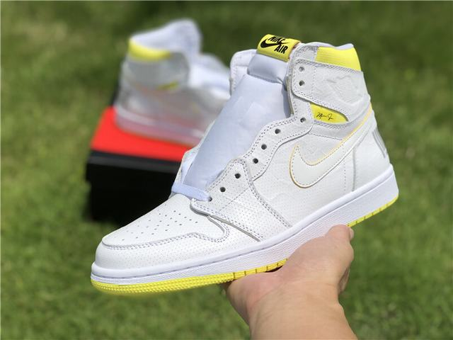 "Authentic Air Jordan 1 ""First Class Flight"""
