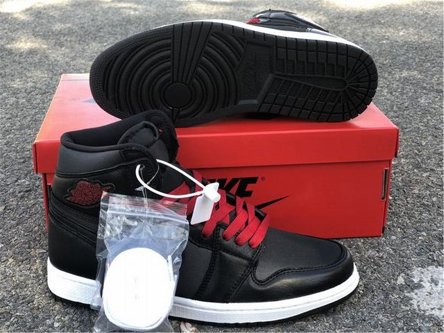 Authentic Air Jordan 1 Black Stain