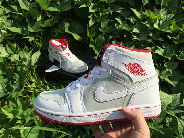 Authentic Air Jordan 1 Hare GS