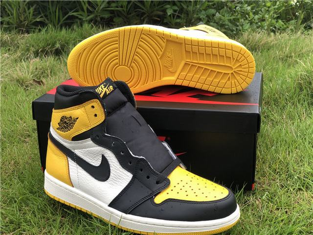 Authentic Air Jordan 1 Yellow Toe
