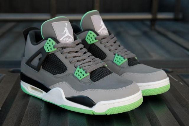Authentic Air Jordan 4 Green Glow