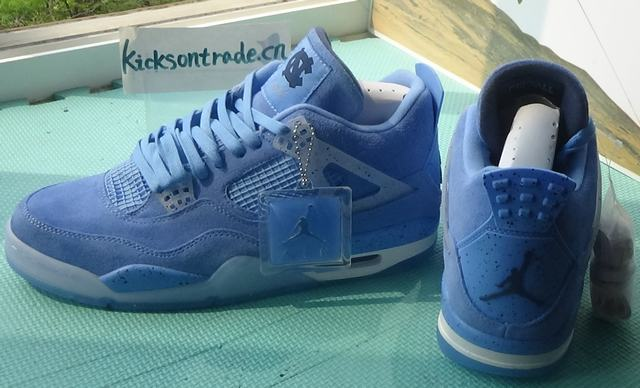 Authentic Air Jordan 4 UNC