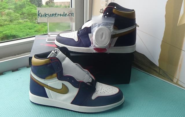 Authentic Nike SB x Air Jordan 1 Lakers