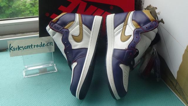 Authentic Nike SB x Air Jordan 1 Lakers