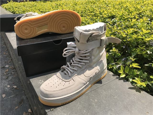 "Authentic Nike Special Field Air Force 1 ""String Gum"""
