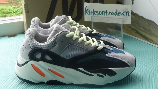 Authentic Adidas Yeezy Wave Runner 700 Boost GS