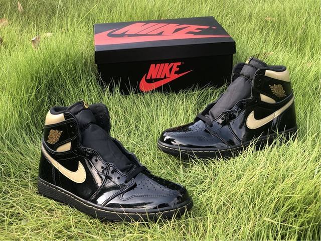 "Authentic Air Jordan 1 High ""Black Metallic Gold"""