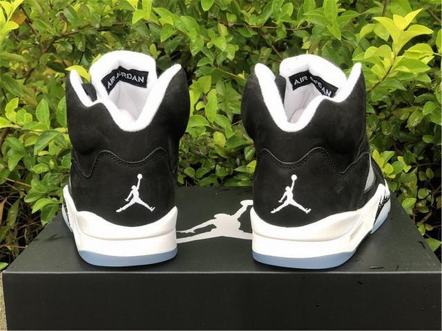 "Authentic Air Jordan 5 ""Oreo"" 2021"