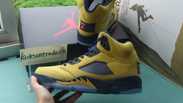 "Authentic Air Jordan 5 SP ""Michigan"""