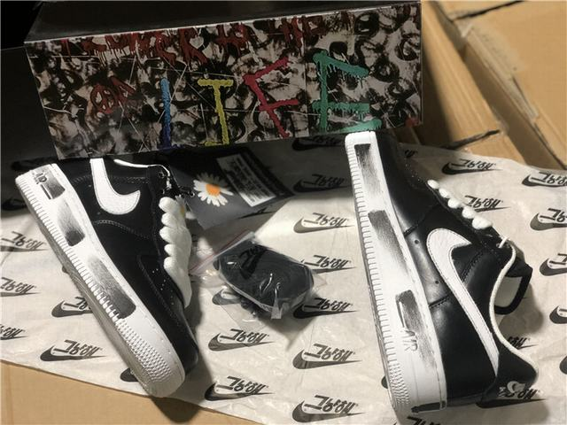 Authentic Nike Shoes New