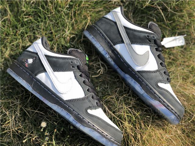 Authentic Staple x Nike Dunk SB Low