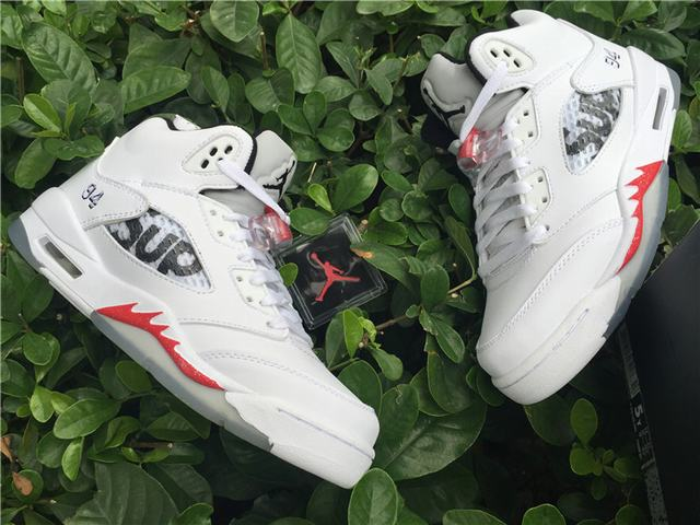 "Authentic Supreme x Air Jordan 5 ""White"" GS"