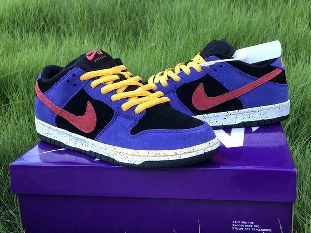 Nike Dunk Low Black Purple